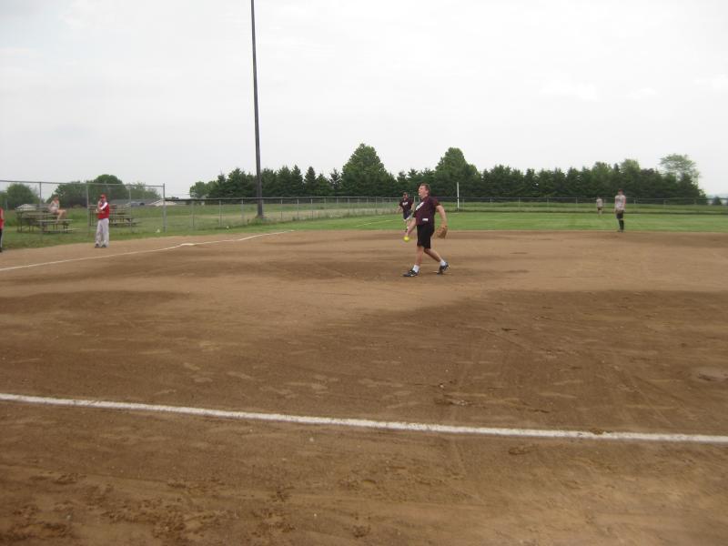 TR Softball 2011 017.jpg