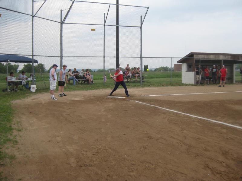 TR Softball 2011 018.jpg