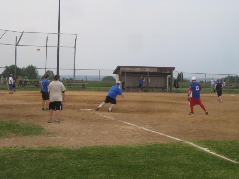 TR Softball 2011 049.jpg